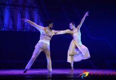祝贺兰州歌舞剧院建院40周年 民族舞剧《绣娘》演出