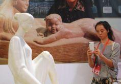 """甘肃雕塑大师何鄂文博会展出""""我的中国梦"""""""