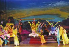 甘肃经典舞剧《丝路花雨》比什凯克炫起民族风
