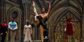 古巴國家芭蕾舞團《天鵝湖》在蘭州演出