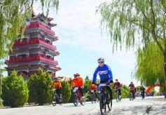 甘肃高台大湖湾文化旅游风景区崇文楼广场:骑行者天堂!
