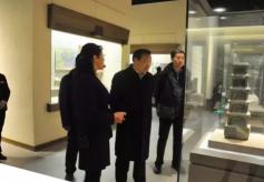 甘肃省委宣传部部长梁言顺在敦煌市博物馆调研指导工作