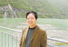 """甘肃作家王若冰新作《渭河传》:对""""旷野写作""""价值的重申"""