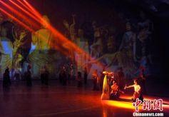 中国首台沙漠实景剧《敦煌盛典》今年五一将在甘肃改版亮相
