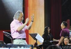 甘肃省歌剧院排演的世界经典歌剧《弄臣》中文版将上演