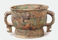 甘肃灵台白草坡:西周墓葬里的青铜王国