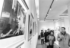 """影像""""中国梦""""摄影艺术展兰州巡展在甘肃艺术馆启幕"""