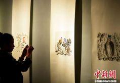 """甘肃艺术家隐居六年潜心创作 携众弟子昆明""""出山"""""""