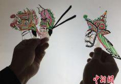 甘肃人类非物质文化遗产环县道情皮影搬演古典名著