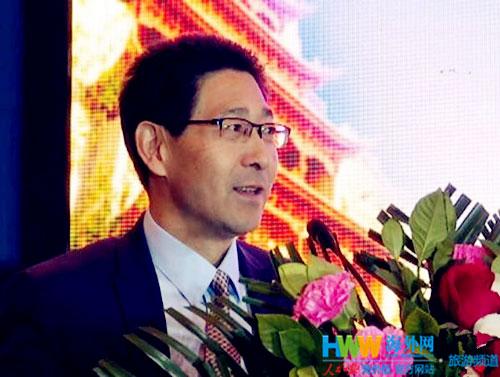 酒泉市副市长何效祖致辞(杨旭景-摄).jpg