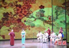 """甘肃""""非遗""""传承人演绎传统戏曲文化"""