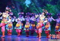 中外旅行商考察甘肃藏区享少数民族别样风情