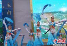 """""""中国大力士之乡""""甘肃迭部红色旅游节开幕"""