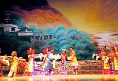 甘肃甘南州首届民间艺人绝活展示大赛举行