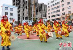 甘肃省兰州太平鼓走向海外留住侨胞乡愁