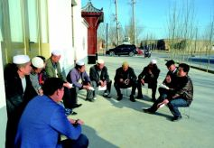 甘肃省酒泉:民族乡里的十九大精神宣讲