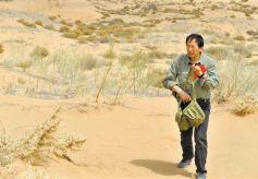 中科院甘肃省西北研究院屈建军获全国防沙治沙标兵称号