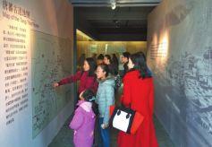 """甘肃省博物馆""""唐蕃古道文物展""""吸引众多市民观展"""