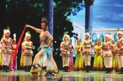 甘肃歌舞剧院为土库曼斯坦商务考察团呈现《丝路花雨》