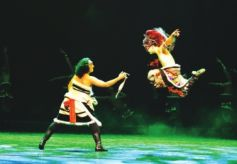 甘肃西北民大舞蹈学院2018毕业生晚会举办