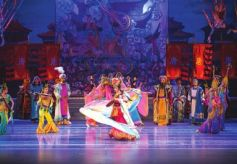 甘肃省京剧团《丝路花雨》全国巡演西安站落幕