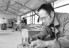 非遗文化子承父业:一名甘肃80后的工匠梦