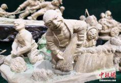 """甘肃民间艺人泥塑""""活现""""农耕文化"""