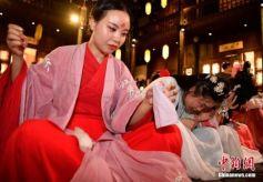 """甘肃西和""""女儿节""""精彩演绎中国乞巧民俗新内涵"""