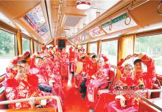 浪漫七夕甘肃省多地举办集体婚礼树立文明新风