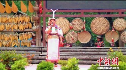 图为举办社区公共文化活动民歌赛。 李铭垣 摄