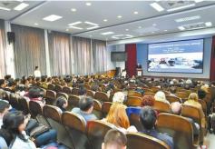 """""""丝绸之路文物科技创新联盟论坛""""在敦煌莫高窟开幕"""