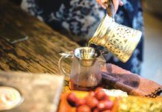 """兰州民俗文化活体展览馆 再现传统民俗""""罐罐茶"""""""