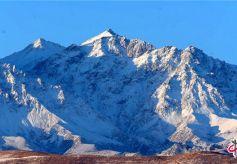冬季甘肃省民乐祁连山迎来她最壮美雄奇的风景