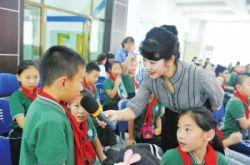 兰州市开展了青少年成长教育公益大讲堂活动