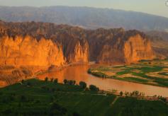 甘肃景泰:村民依托得天独厚的旅游资源过上好日子
