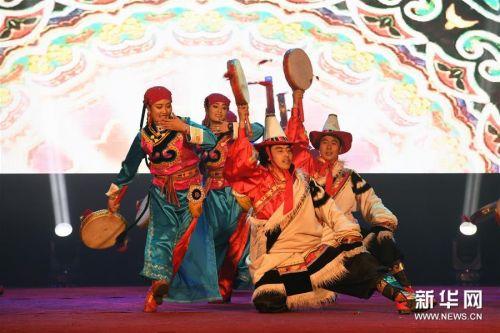 (文化)(5)民族歌舞《香巴拉之约》在兰州上演
