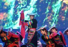 民族歌舞《香巴拉之约》在兰州市的甘肃省人民政府礼堂上演