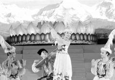2019欢乐春节歌舞综艺晚会《陇原风·民族情》在泰国激情开演