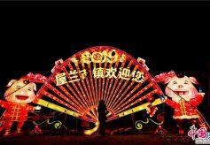 甘肃张掖屋兰古城黄河灯阵是一部生动的传统文化教科书