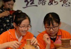 甘肃跨界推丝路主题餐厅:探文化味蕾 讲文物故事
