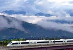 甘肃这条高铁终于通车 为丝路旅游带来新机遇