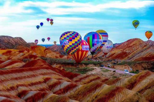 首届中国张掖热气球节