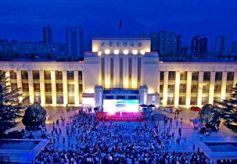 """甘肃省博物馆""""夜场""""首秀 市民新鲜体验"""