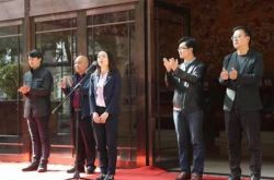 甘肃举行青年美术书法摄影展