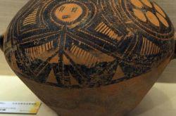 甘肅彩陶文化創意產品展在甘肅政法大學開展