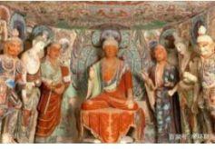 进入敦煌旅游观光的朋友,你会发现佛像也有各种各样的形态