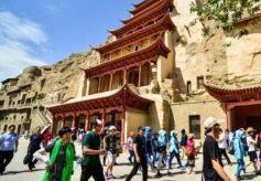 世界文化遗产敦煌莫高窟恢复开放