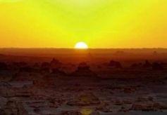 去甘肃感受沙漠的魅力