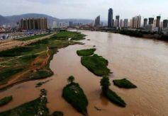 甘肃正在建设百亿高铁,沿途经过4城市,旅游大门将被打开