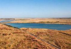"""甘肃有个神奇的地方,湿地与沙漠共存,被誉为嘉峪关的""""肺""""!"""